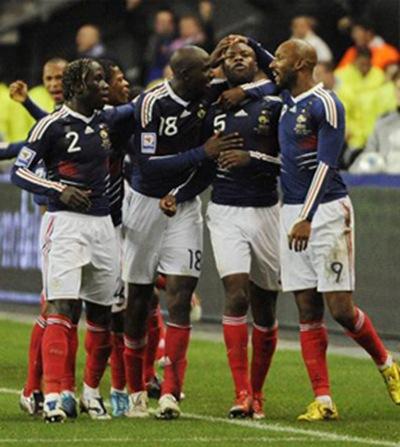 Francia clasificó a Sudáfrica 2010