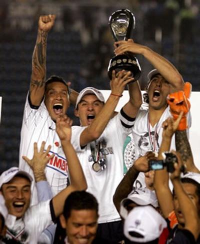 Monterrey celebra al título de Campeón