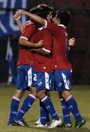 Nacional de Uruguay enfrenta al Argentinos Jrs de Argentina
