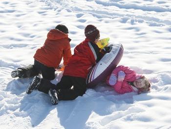 Sledding in MN Dec 2010 (9)