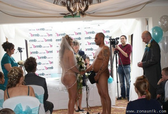 pengantin telanjang (1)