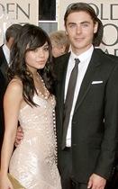 Vanessa y Zac Efron en los Golden Globe 2009
