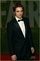 robert-pattinson-oscar-party-05