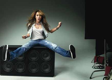 0401-miley-cyrus-on-speakers_lg
