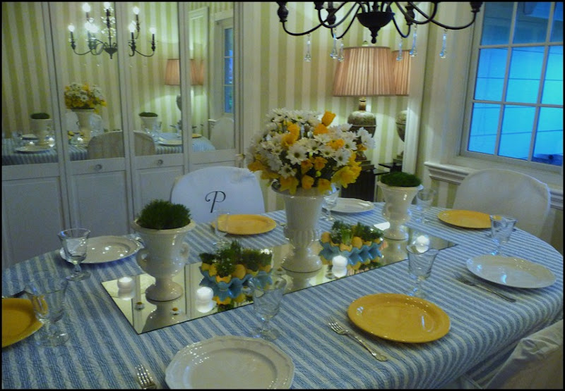 Easter table 2010 002