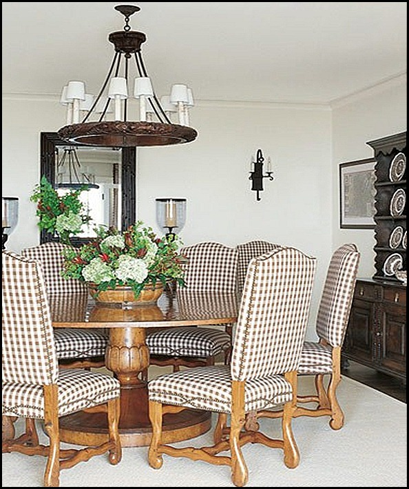 dining room (375x500)