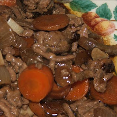 Delicious Lamb, Rosemary & Red Wine Casserole