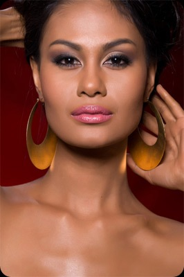 Venus Raj - Miss Philippines at the Miss Universe 2010 - JustAnotherPixel.net