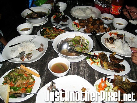 Our dinner at Saud beach - JustAnotherPixel.net