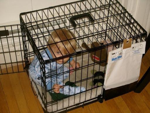 http://lh6.ggpht.com/_bKN77pn74dA/SqB3tSjgiII/AAAAAAAACfU/gFuLDBkx2uQ/bad_parenting_12.jpg