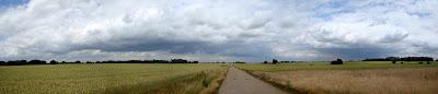 Gt Dunmow airfield panorama.jpg