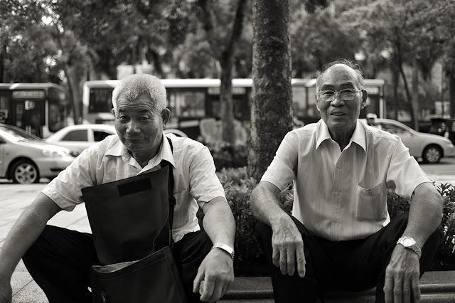 提起公民訴訟之農民,左為廖明田,右為許金水。(攝影陳錦桐)
