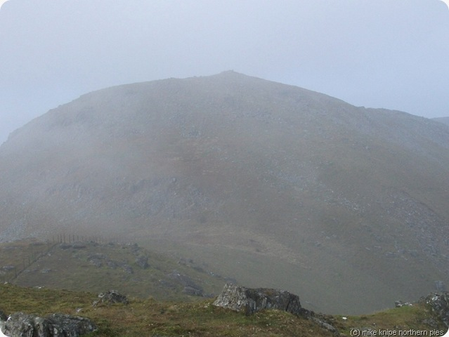 mist clears off arenig fawr