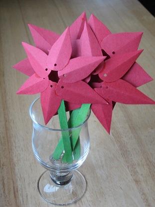 paper poinsettia craft