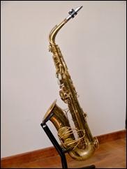 Saxos 001