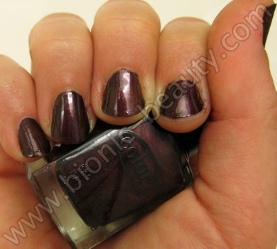 Bionic Beauty review and swatch - Color Club's Jewel of a Girl nail polish