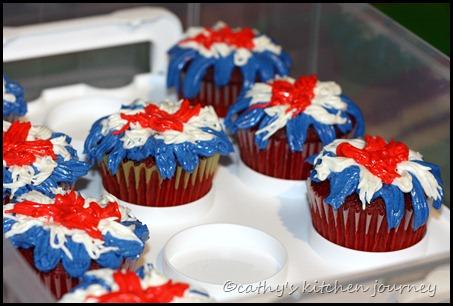 fireworkcupcakes2