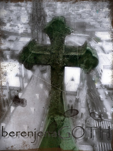 Cruz por BerenjenaGoth
