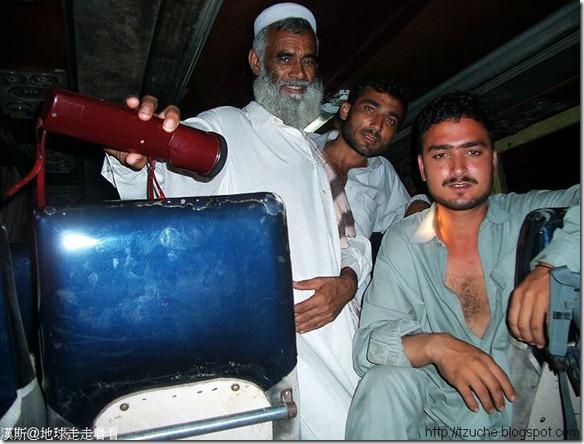 01_旅遊照片-巴基斯坦夜宿巴士奇遇