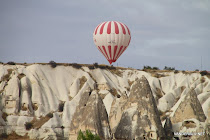 Balloon over Göreme's fairy chimneys rock formations