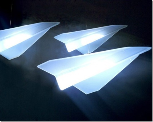 22paperplane-495x386