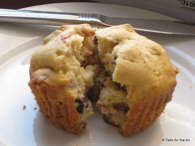 Strawberry Almond Muffin - Photo by Taste As You Go