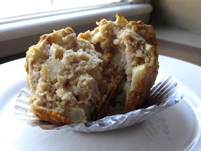 Apple Oatmeal Muffin - Photo by Taste As You Go