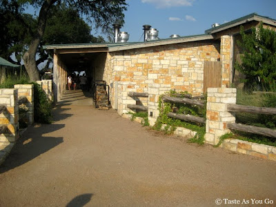 The Salt Lick in Austin, TX - Photo by Taste As You Go