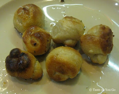 Garlic Knots at Spring Lake Gourmet Pizzeria and Restaurant in Spring Lake, NJ - Photo by Taste As You Go