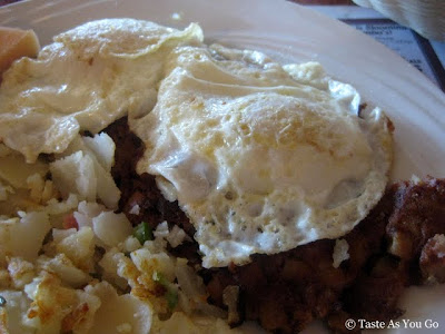 Corned Beef and Eggs at Clinton Station Diner in Clinton, NJ - Photo by Taste As You Go