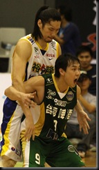 裕隆曾文鼎(左)台啤陳世念(右)