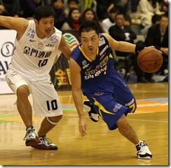 裕隆林冠綸(右)金酒王男桂(左)