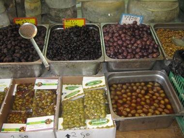 chania market olives