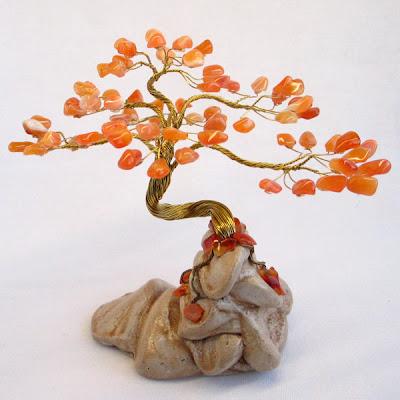Деревья на камнях своими руками