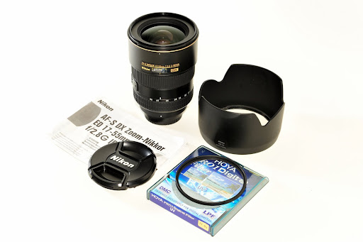 Sold: Nikon 17-55mm f/2.8 DX