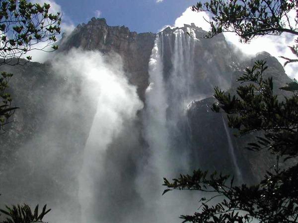 صور شلالات آنجل2013_ السياحة فى فنزويلا