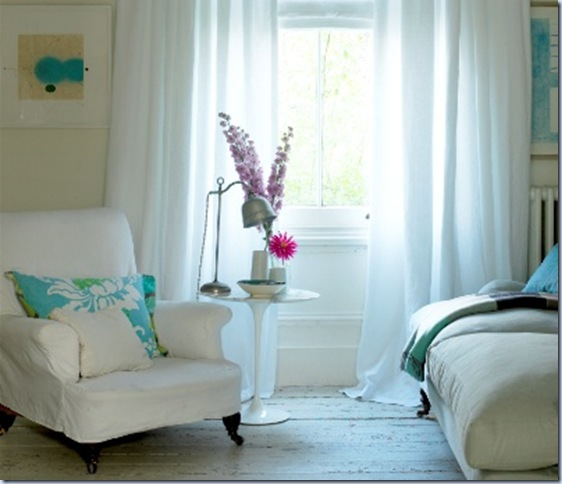Back_Sitting_room_white_curtains_and_blind_%28Custom%29 naturalcurtaincompany uk