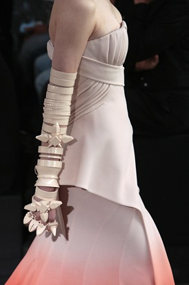 Givenchy Haute Couture 05473_88881768_122_1017lo
