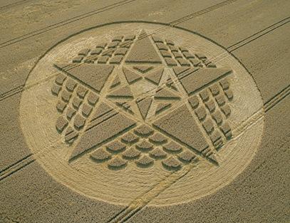57-Silbury-Hill-Wiltshire-Wheat-26-08-02-OH-MFA