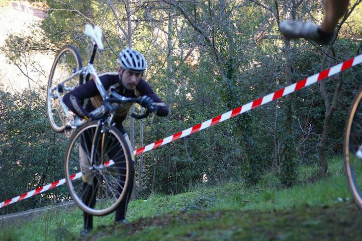 Cyclo Cross de La Penne sur Huvaune du 16 - 01 - 2011 Cyclo%20Cross%20de%20La%20Penne%20sur%20Huvaune%20du%2016%20-%2001%20-%202011%20110