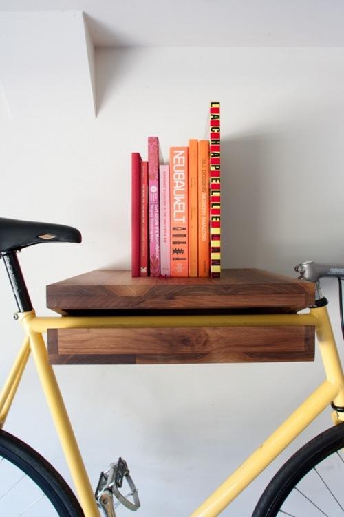 photo_bikerack_cu_books
