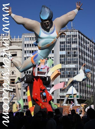 2011_03_19 Passeio por Valência - Fallas 027.jpg