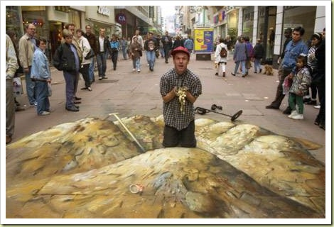 24-amazing-3d-sidewalk-art-gold5