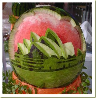 Fruit & Veg Sculpture 11-fruit-and-vegetable-art-watermelon-carving3-thumb1