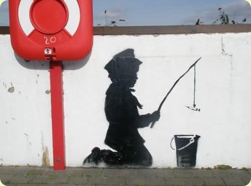 amazingurbanartgraffiti03 thumb - Amazing Graffiti Art by Banksy