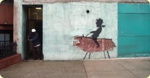 amazingurbanartgraffiti01 thumb - Amazing Graffiti Art by Banksy