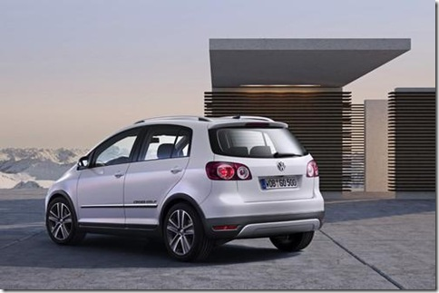 volkswagen-cross-golf-3