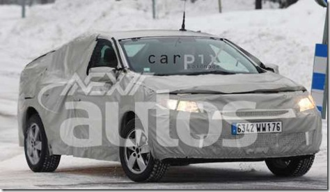 Spy Shots- Renault Megane Sedan Caught - NextAutos.com and Winding Road_1233344901584