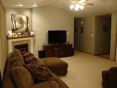 Living Room 705wingstem