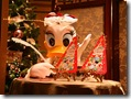 Christmas at Disney_ Donald Duck 1024x768  desktop widescreen wallpaper